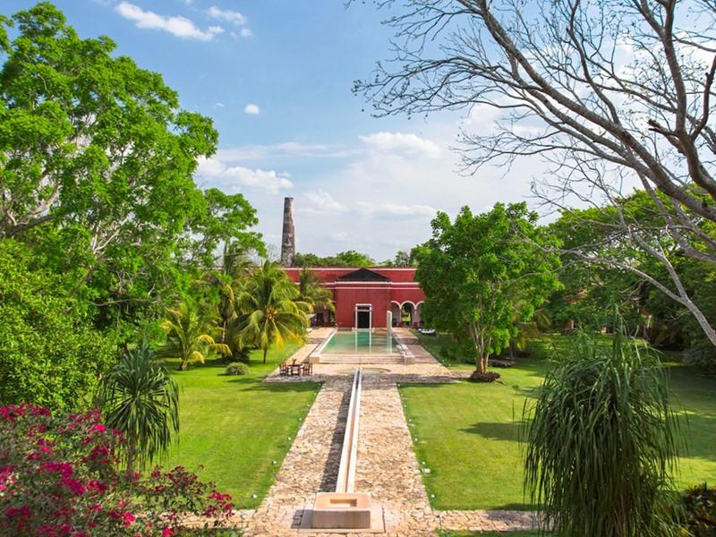 L'Hacienda Temozon est niché au coeur d'un jardin luxuriant