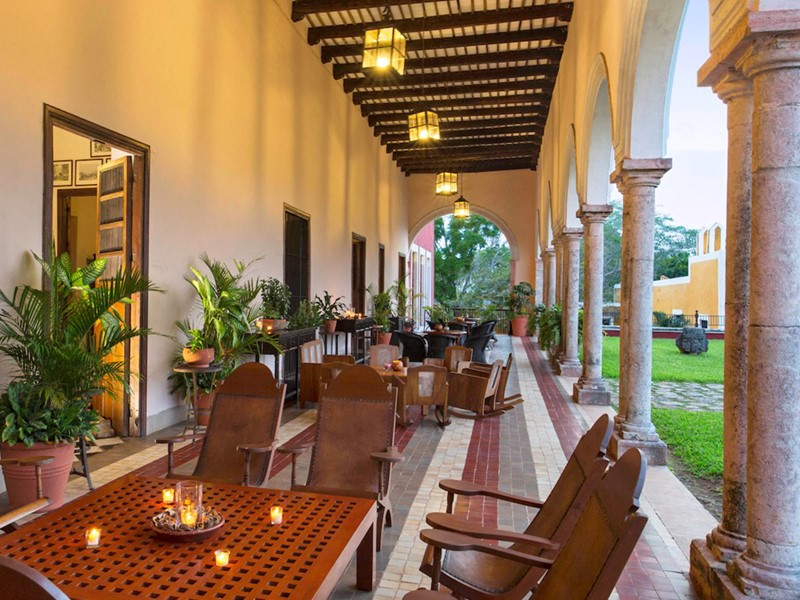 Le bar de l'Hacienda Temozon situé au Mexique