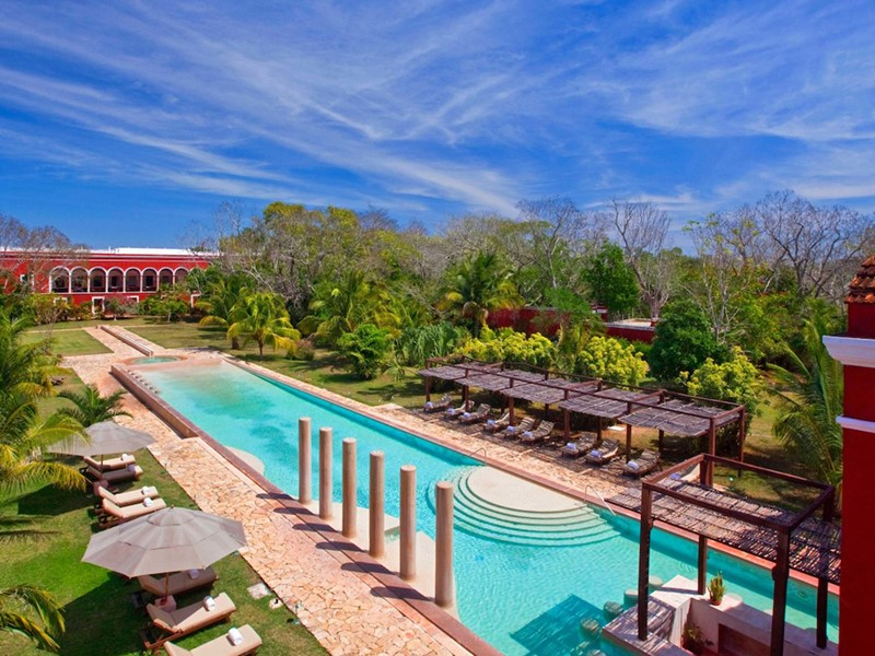La superbe piscine de l'Hacienda Temozon au Mexique