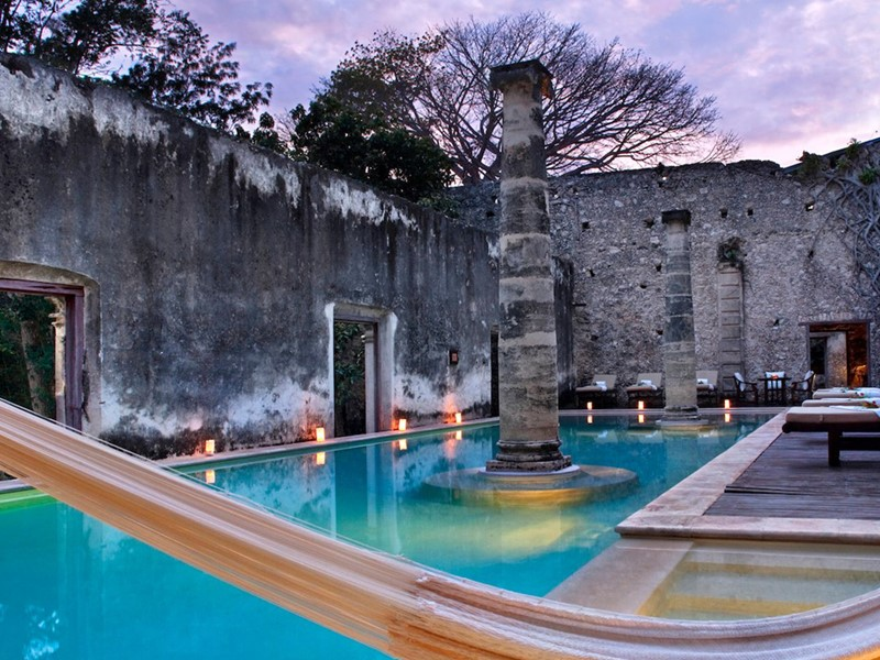 La superbe piscine de l'Hacienda Uayamon au Mexique
