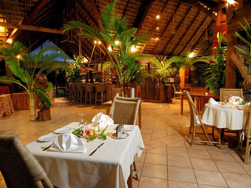 Autre vue du restaurant du Hanakee Pearl Lodge Hiva Oa en Polynésie