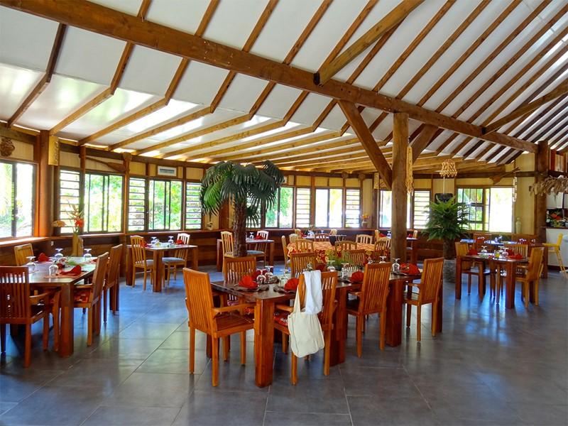 Le restaurant de l'hôtel Havaiki en Polynésie