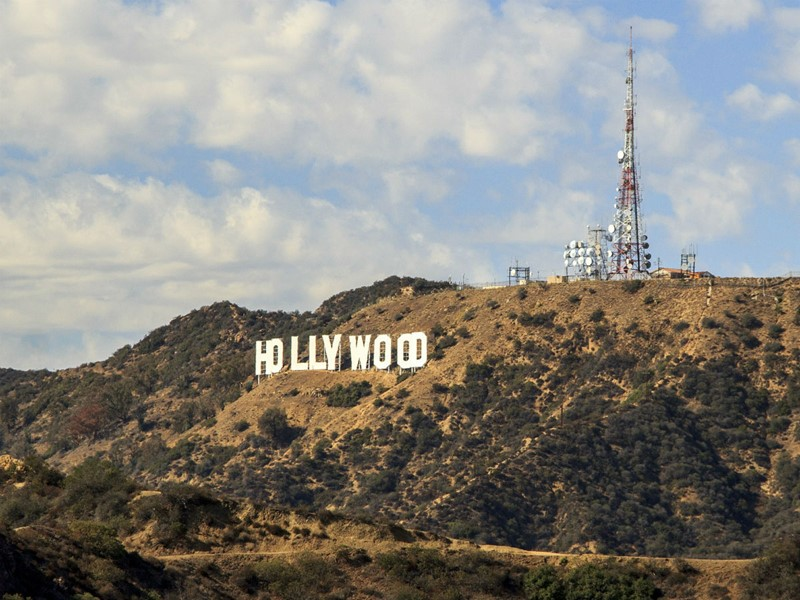 L'emblème de Los Angeles, le Hollywood Sign perché sur les collines.