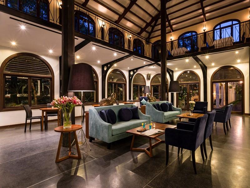 Le lobby de l'Heritage Suites Hotel au Cambodge