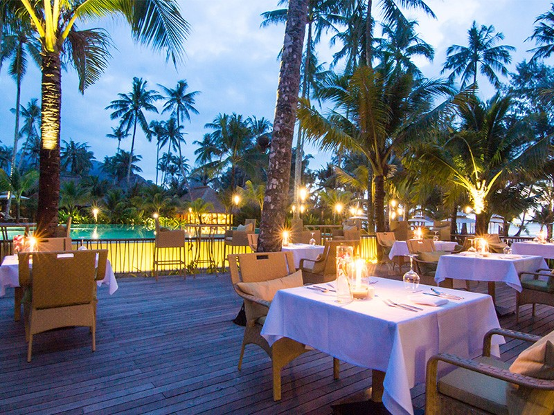 Restaurant Beach Front