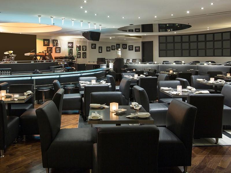 Jazz Bar & Dining de l'hôtel Abu Dhabi