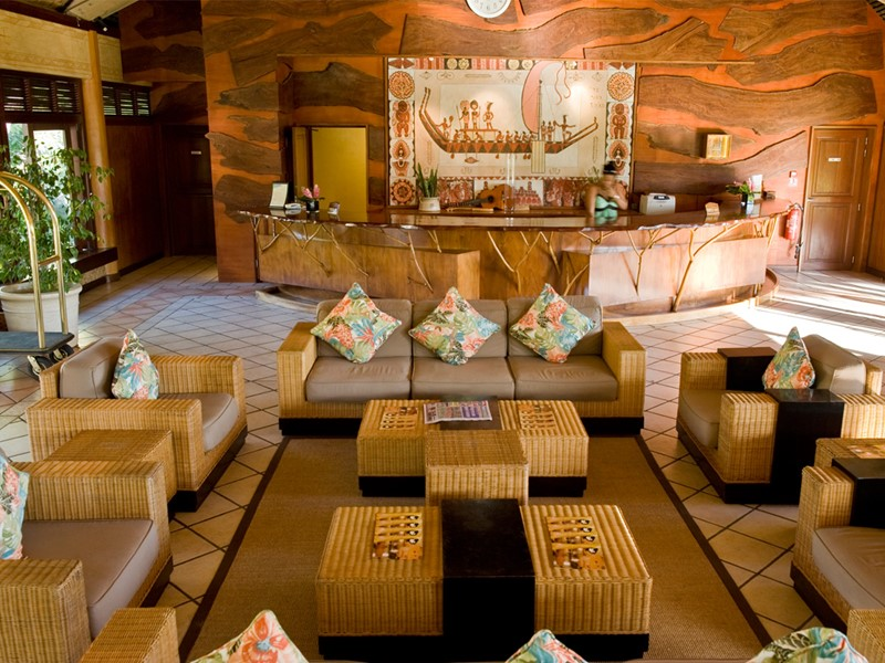 Le lobby de l'hôtel Hilton Moorea Lagoon situé en Polynésie