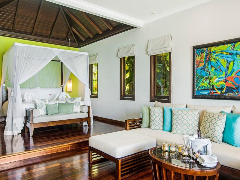 Signature Grand Oceanfront Pool Villa