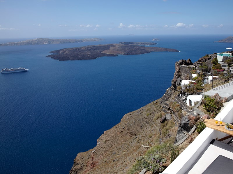 Magnifique vue sur le volcan de Santorin
