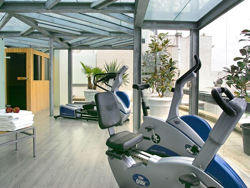 La gym du Claris dans la capitale Catalane, en Espagne