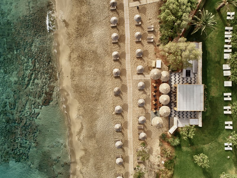 Vue aérienne sur la belle plage du Cretan Malia Park