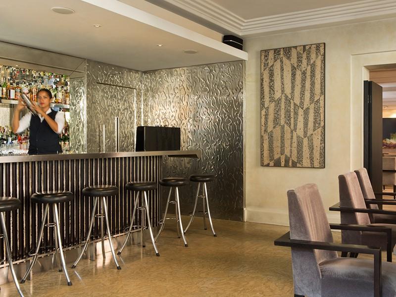 Le Lobby Bar de l'Hôtel de Russie situé à Rome
