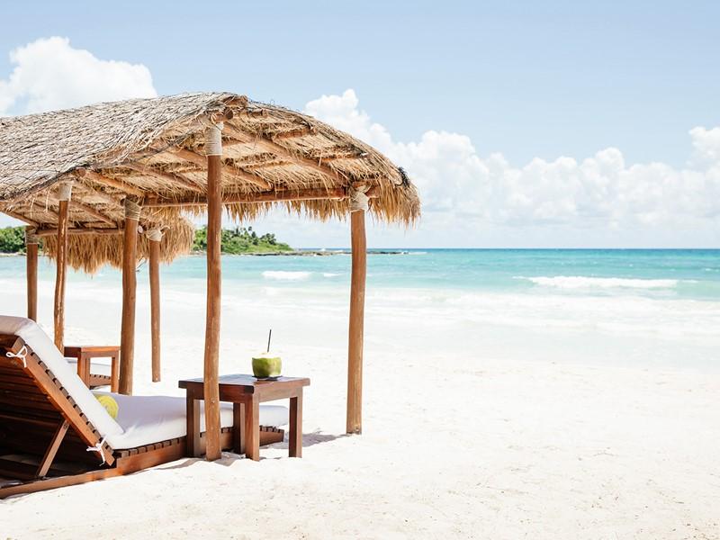 La plage de l'hôtel Esencia, l'une des plus belles de la Riviera Maya