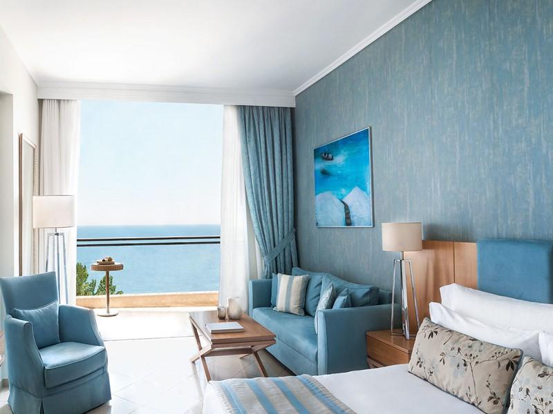 Junior Suite Sea View de l'Ikos Oceania en Grèce