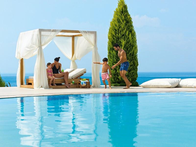 Séjour idéal en famille à l'hôtel Ikos Olivia