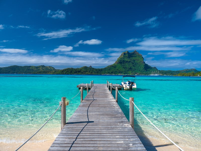 Détendez vous au bord du lagon paradisiaque de Bora Bora