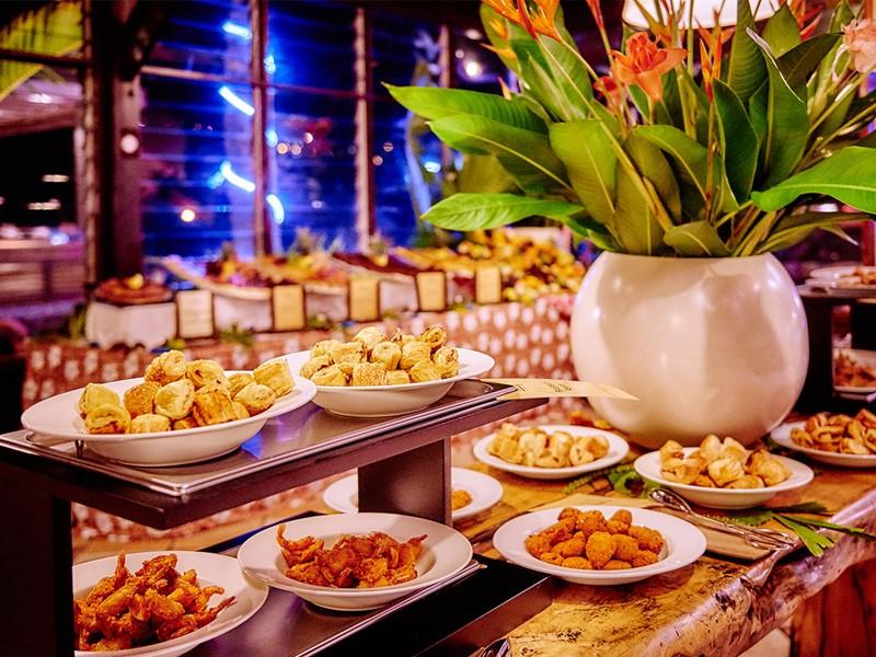 Savourez le délicieux buffet créole