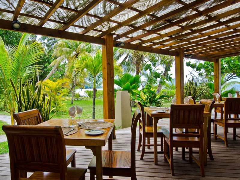 Le restaurant de l'Indian Ocean Lodge aux Seychelles