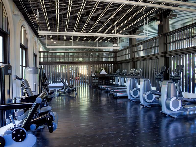 La salle de sport de l'hôtel Intercontinental Da Nang Resort