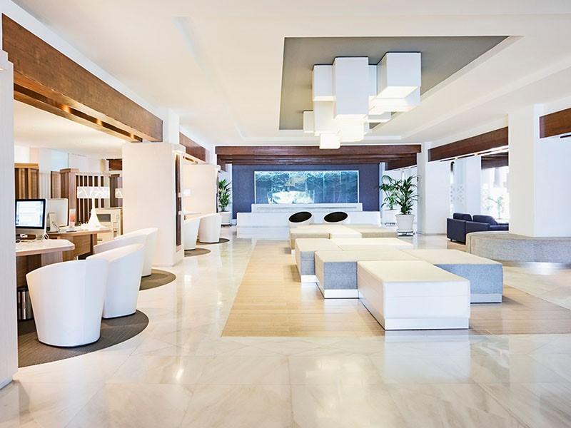 Le lobby du Jardin Tropical Hotel
