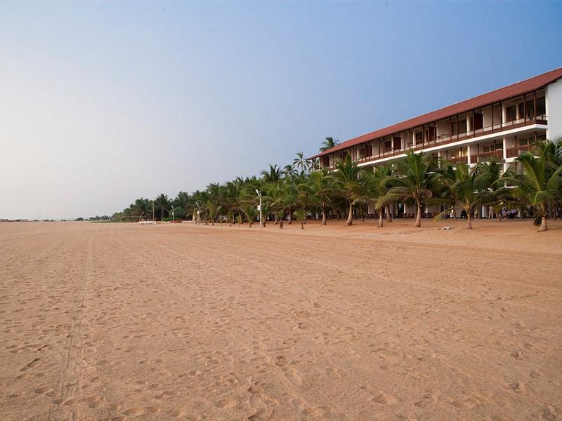 La plage de sable doré
