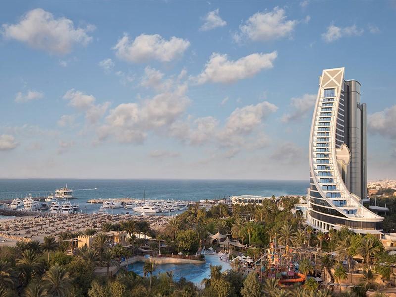 Vue aérienne de l'hôtel Jumeirah Beach à Dubaï