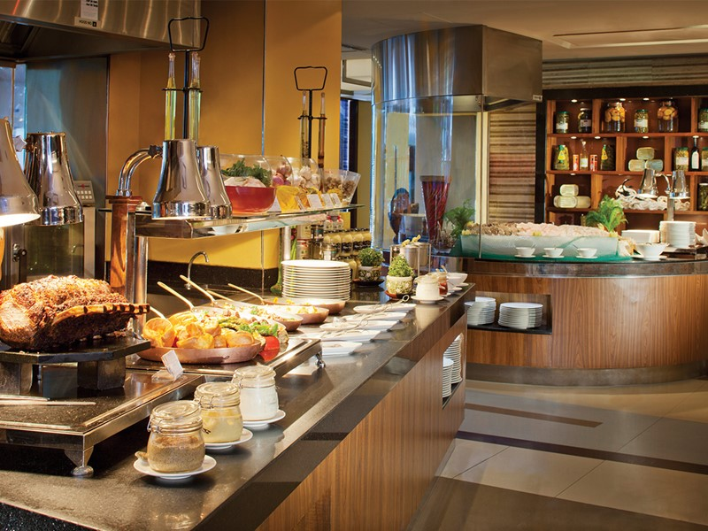 Le buffet de l'hôtel Jumeirah Beach à Dubaï