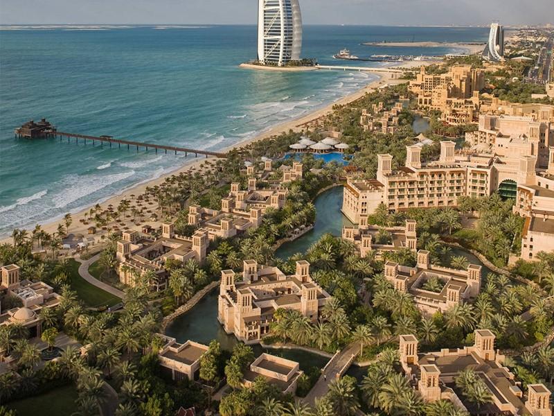 Vue aérienne du Dar Al Masyaf situé à Dubaï