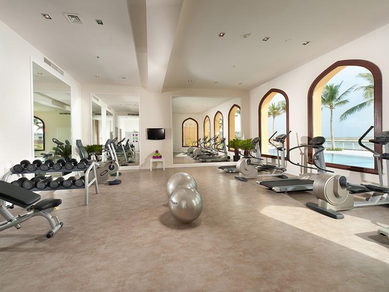 La salle de sport du Juweira Boutique Hotel situé à Dhofar