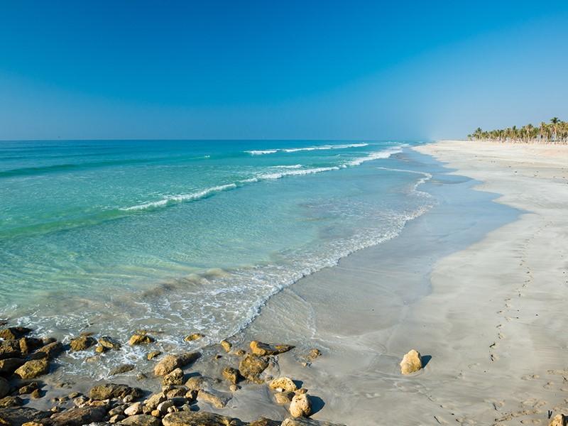 Le Juweira Boutique Hotel vous charmera par sa belle plage