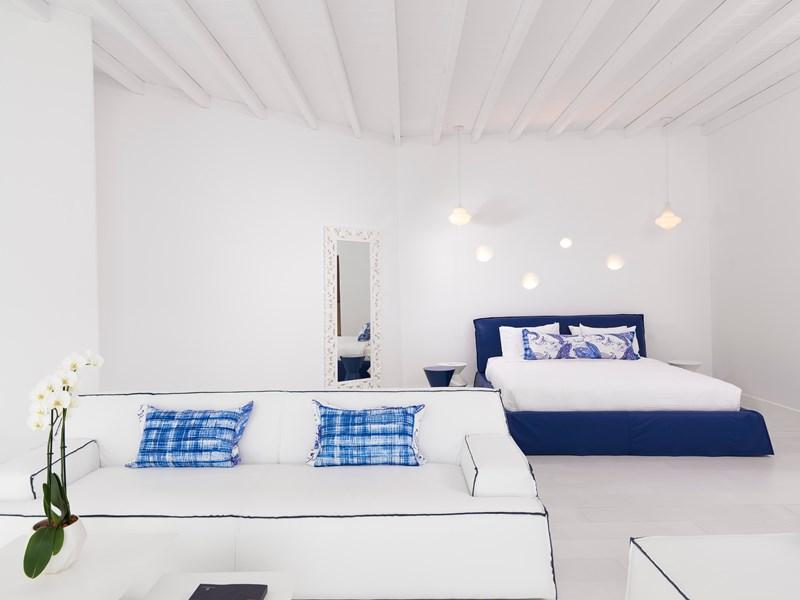 La Katikies Suite Bedroom