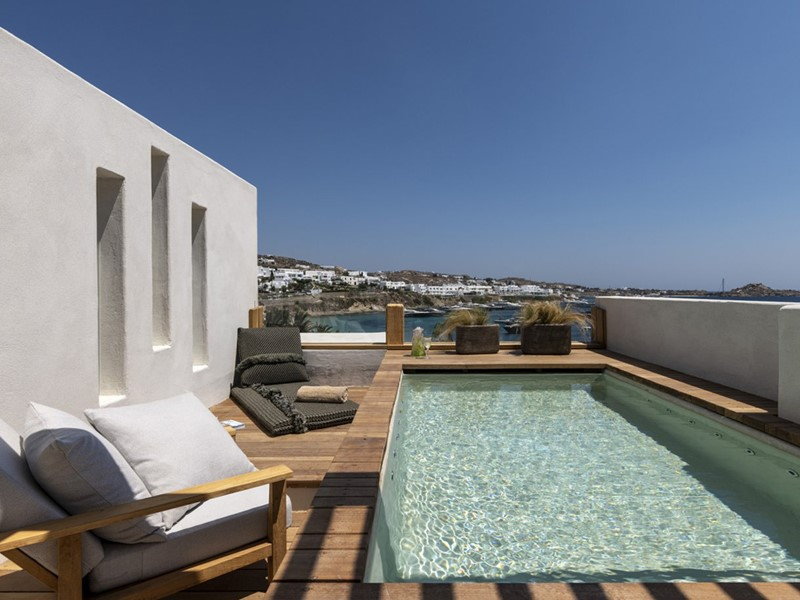 Panoramic Sea View Suite Roof Top & Hot Tub