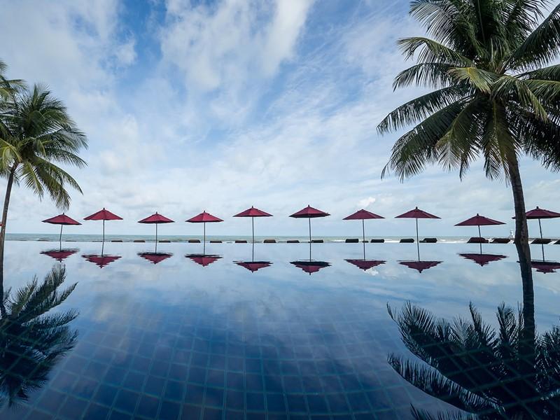 Profitez de la belle piscine du Khaolak Laguna Resort