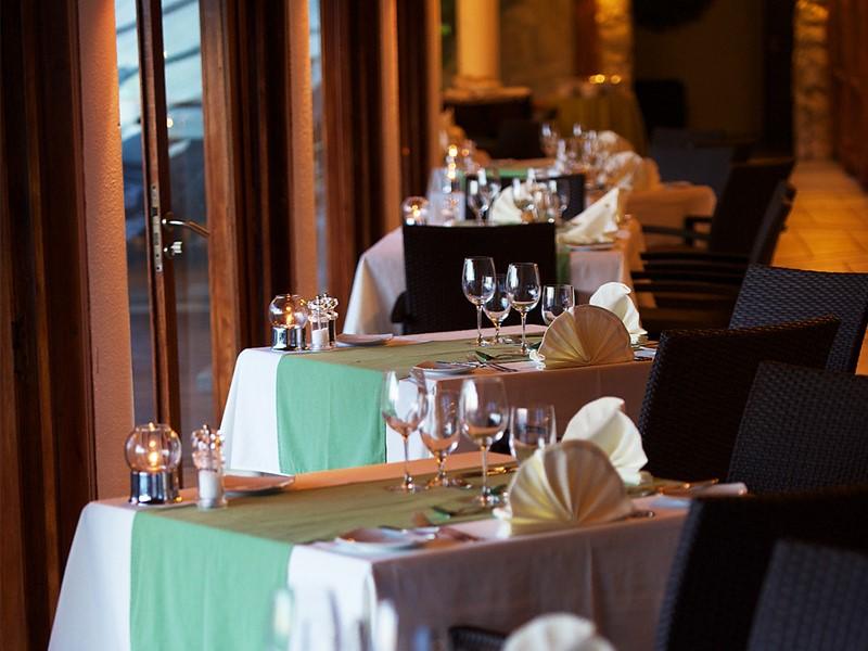 Le restaurant Te Rairoa de l'hôtel Kia Ora