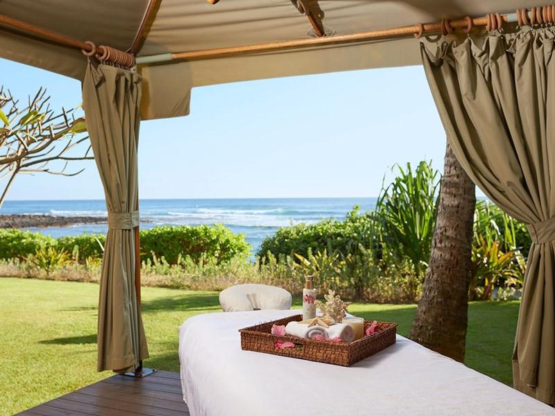 Soins relaxants face à l'océan à l'hôtel Koa Kea