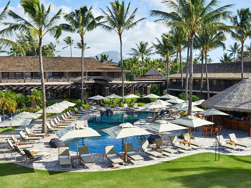 La piscine du Koa Kea Hotel, situé sur l'île de Kauai