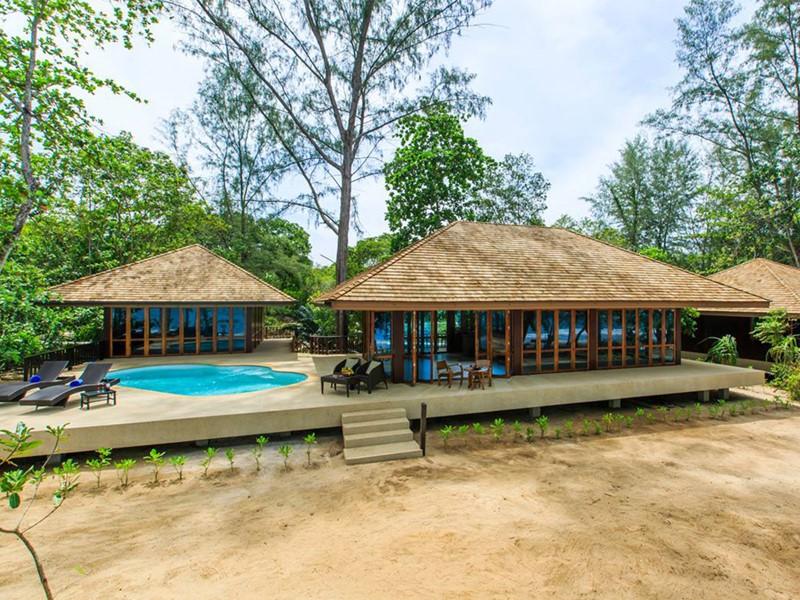 Les extérieurs de la Two Bedroom Beach Pool Villa Suite