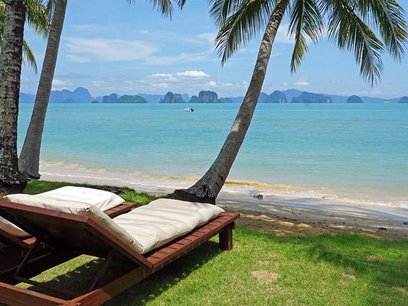 Reposez-vous sur la petite plage