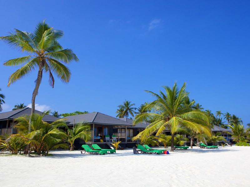 Vue de l'hôtel Kuredu Island Resort aux Maldives