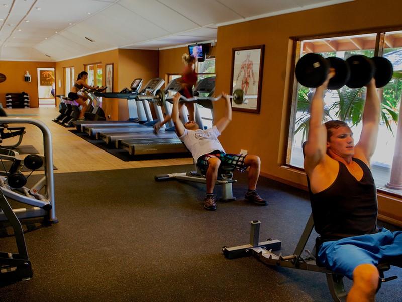 La gym du Kuredu Island Resort aux Maldives