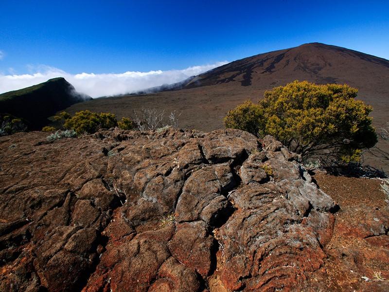 Traversez la route des sables pour vous rendre au volcan
