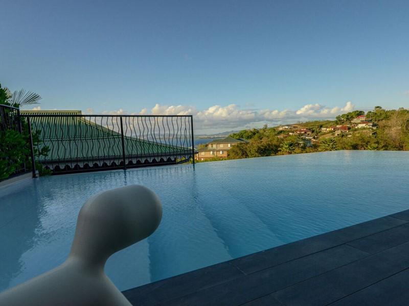 Autre piscine de La Suite Villa situé aux Antilles
