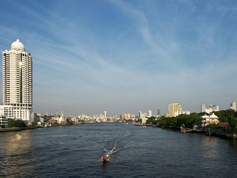 Vue du fleuve Chao Phraya situé en Thailande