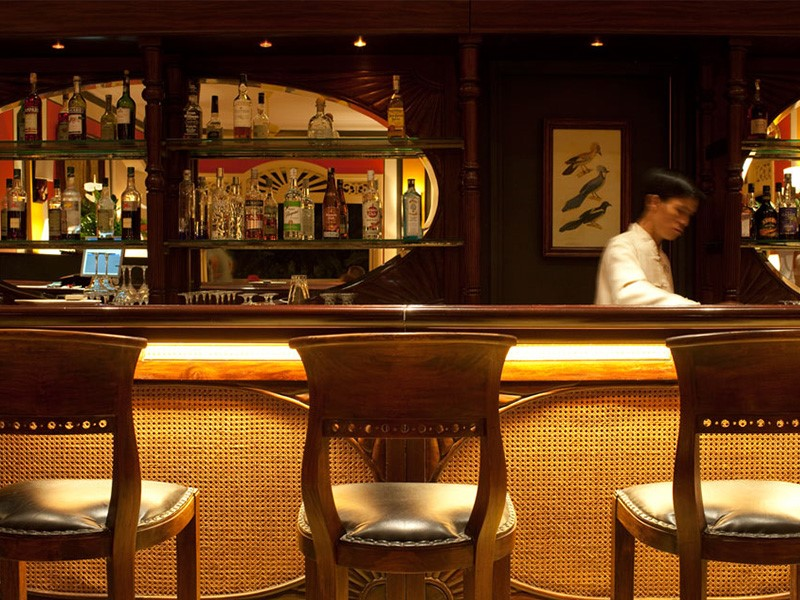 Rafraichissez vous au bar de La Véranda Resort