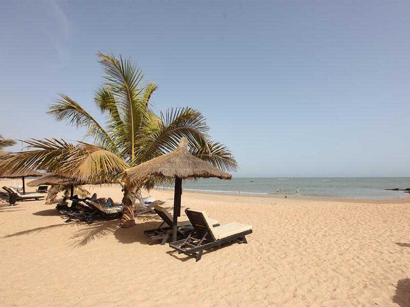La plage de l'hôtel Le Lamantin Beach situé au Senegal