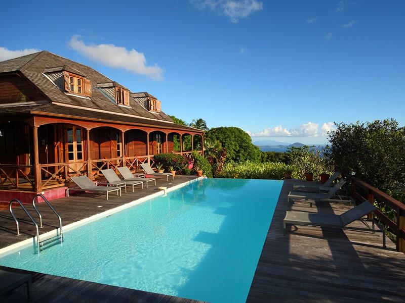 La piscine de l'hôtel Le Jardin de Malanga aux Maldives