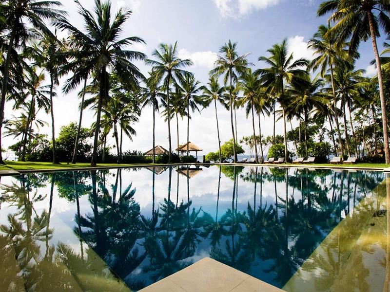 L'Alila Manggis est un charmant boutique hôtel logé le long d'une plage tranquille et sauvage