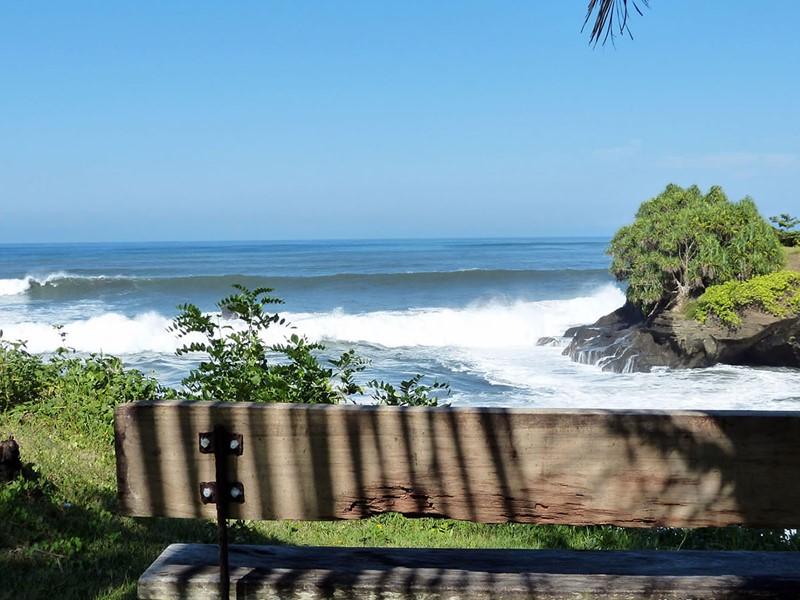 Arrivée à Balian, dans un magnifique décor de falaises et de rizières