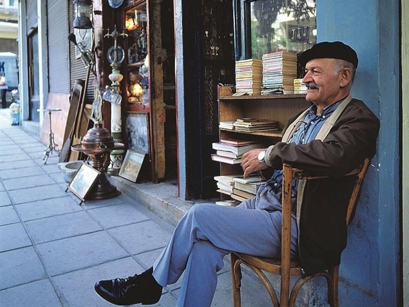Les rues du vieux marché à Thessalonique