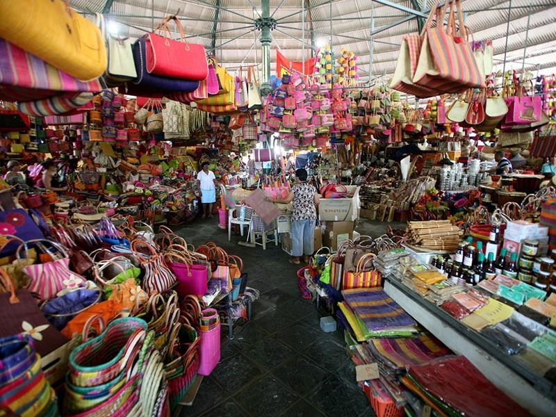 Balade au marché de Saint-Pierre
